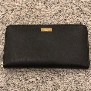 KATE SPADE: Zipped Wallet